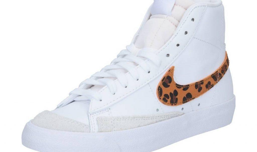 Дамски Сникърси Nike Sportswear